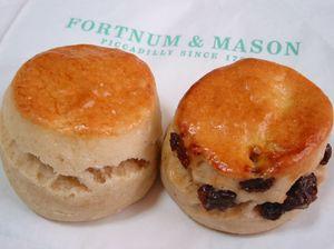 Fortnum & Mason のスコーン